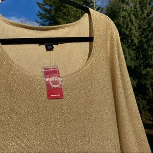 Avenue Gold Glitter Batwing Blouse NWT 22